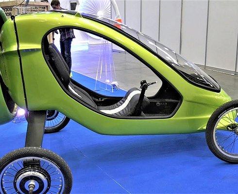 ВРоссии представили первый летающий электромобиль
