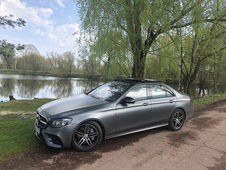 Гибридный мотор купе Mercedes-AMGGT официально подтверждён