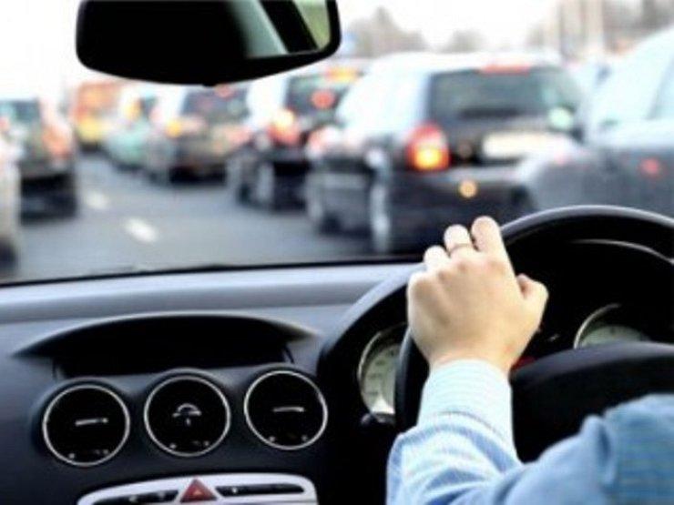В РФ насчитали 3,5 млн авто справым рулем