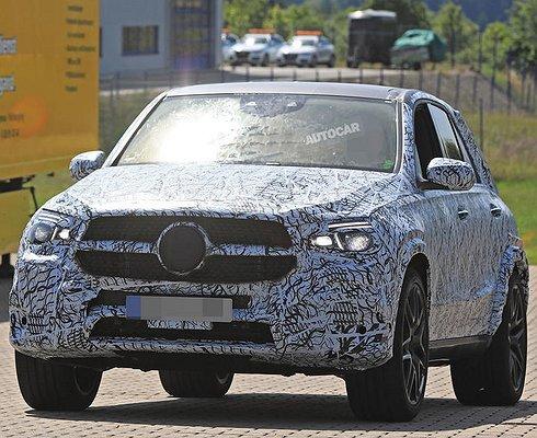 Опубликованы первые снимки кроссовера Mercedes-AMG GLE 63нового поколения