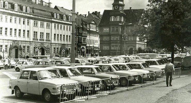 Как покупали автомобили вСоветском Союзе