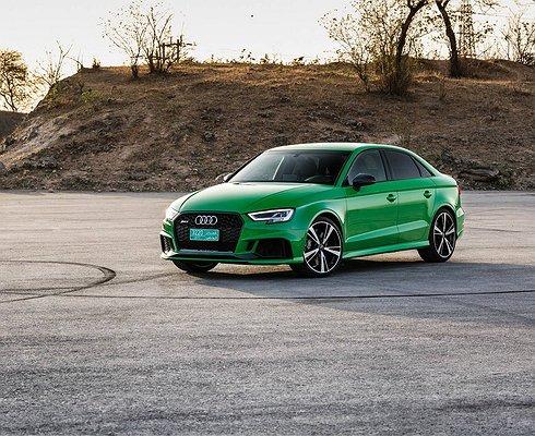 Audi рассекретила «горячий» седан RS3
