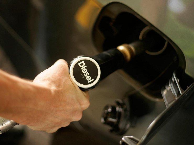 Как быть, если вы при заправке перепутали бензин и дизтопливо - Лайфхак -  АвтоВзгляд