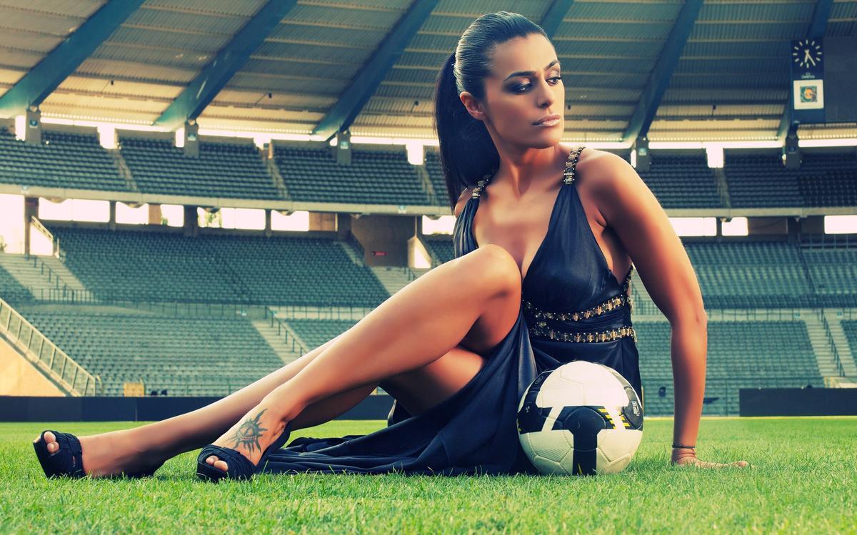 Интим футбол видео 13