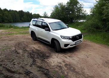Приказано выжить: сравнительный тест Toyota Land Cruiser Prado и Kia Mohave