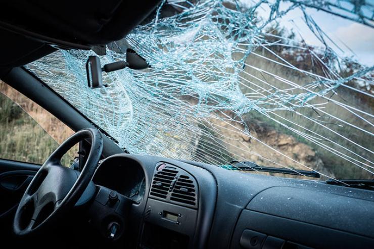 5 полезных функций, спрятанных в автомобильном стекле