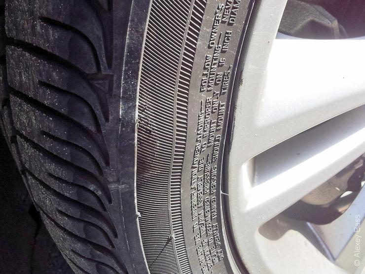 5 признаков опасного износа шин на автомобиле