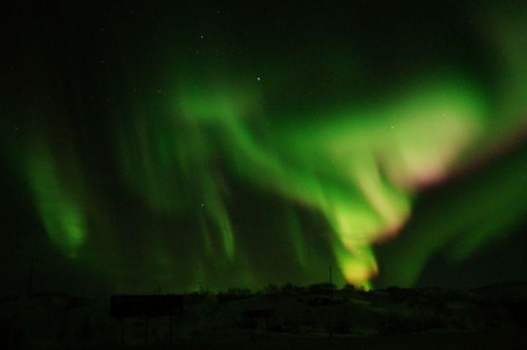 Как встречают автотуристов в русской Лапландии, или Ловим северное сияние