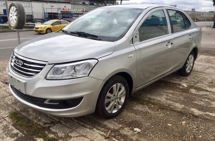 ТОП-5 трехлетних китайских легковушек по цене до 350 000 рублей - Автомобили
