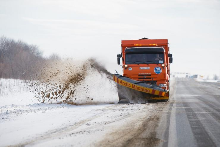 Уборка шоссе: сколько рассола и реагентов выливают на наш асфальт - Общество