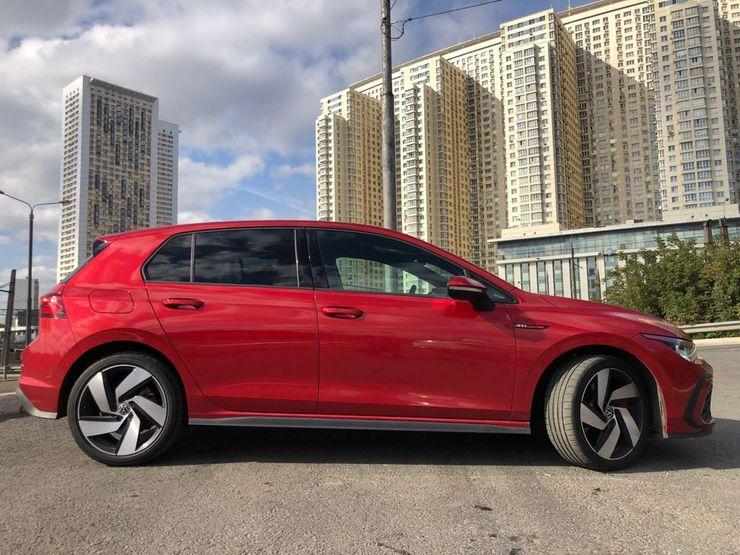 Громкий камбэк: первый тест-драйв нового Volkswagen Golf GTI
