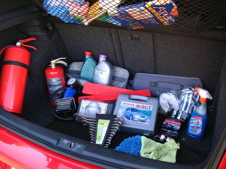 Три предмета, которые ни в коем случае нельзя хранить в багажнике
