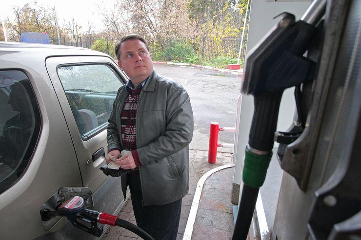 Запасаемся бензином: в ближайшее время топливо может резко подорожать