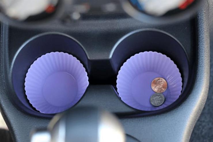 Как формочки для выпекания помогут избавиться от грязи в авто