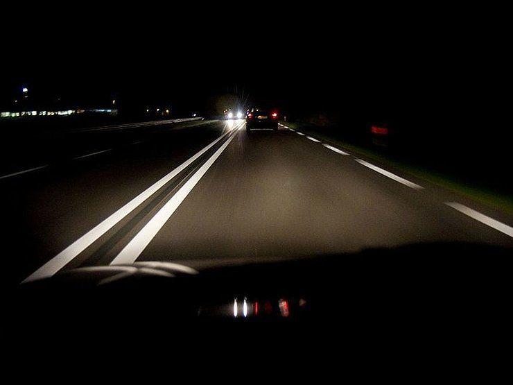 Как поступают дальнобойщики, чтобы не уснуть за рулем