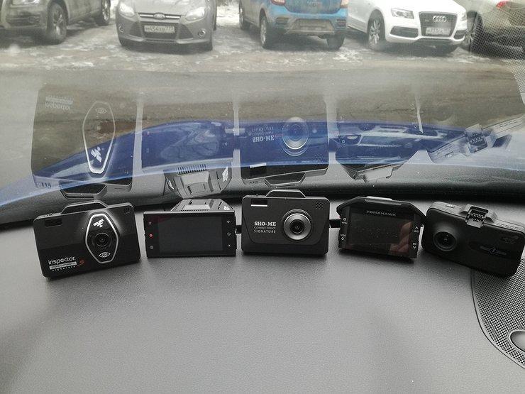 Куда лучше всего вешать видеорегистратор в автомобиле, и почему