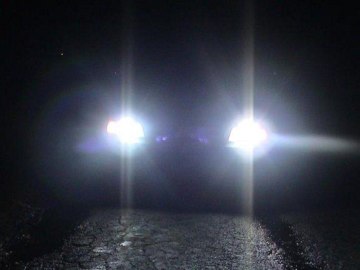 5 советов, как водить машину ночью не хуже, чем днем